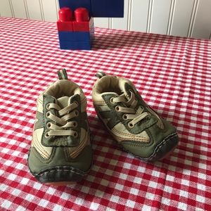 """Rising Stars"" - Little guy crib shoes"